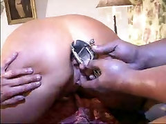 bbc had white hairry mom bbc to fuck with him