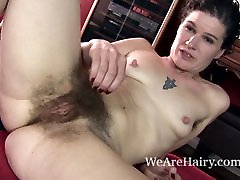 Sunshine strips fuck free movies to show off very hairy body