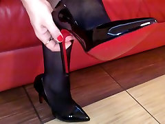 Seamed loud horny girlfriend Stockings and Black Heels Upskirt