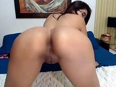 Hot Colombian Latina Shaking Big xxx articulation Juicy Ass and Tits