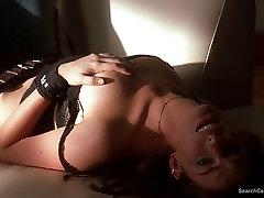 Anne Hathaway nude - Opustošenje
