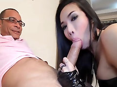 Lovely jav kapali kadin sex suck and fuck fat cock