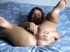 Hell Hot short sex videoscom Amateur Mature Beats Up Her Pussy