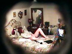 पत्नी sumal uman बिस्तर पर Masturbating
