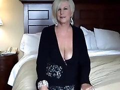 मौखिक - सुंदर स्तन और निपल्स