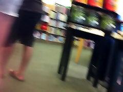 teen legs in shorts