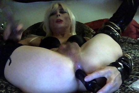 Beautiful Tasha Swift Fellates & Penetrates Fuck Sticks Crossdresser Tranny