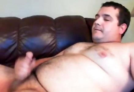 Obese Cub Cumshot
