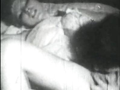 Retro Porno Archive Movie: Dolls seules 1950s 02