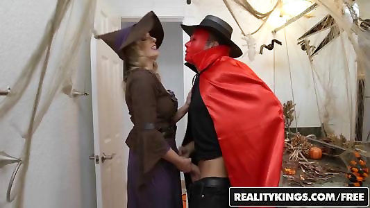 RealityKings - Moms Poke Teenagers - Halloweeny