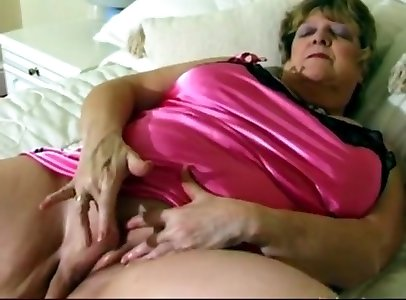 Uber-sexy plumper grandma flick free-for-all mind-blowing grandmother pornography video