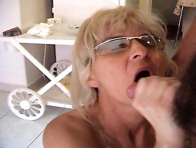 Mature Blond Fuckslut Receives An Ass-fuck Nailing - MatureNDirty