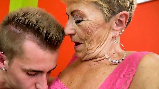Grannys massive belly jizzy