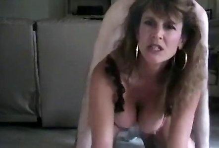 Free big natural boob mature video