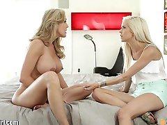MommysGirl Teens first Lesbian Sex