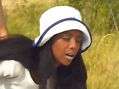 Ebony hottie Anal