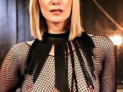 On her first shoot at Kink.com, pain slut and lifestyle BDSM player Delirious Hunter submits to...