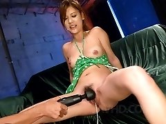 Nozomi Nishiyama Asian sucks two tools and has beaver aroused