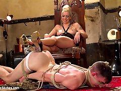 Mistress Lorelei Lee is sex in heels. Her beauty is devastating and new slave sausage Artemis...