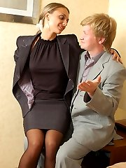Sultry business lady readily servicing kinky guy with her huger strap-on