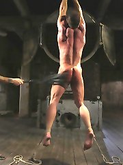 Derek Pain desires torment he lives for it. Christian Wilde is a master at supplying those who...