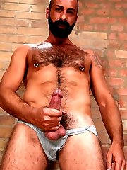 Tom Neris is a sexy guy with a taste for submissive men. And goodness knows therersquos no...