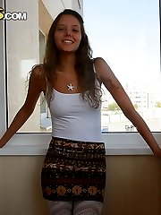 Teen looks sexy wearing hot clothes in this homemade photos - PrivateSexTapes.com