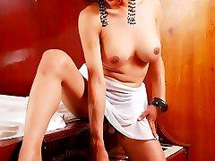 Big Tits Asian Shemale looks like Lindsay Lohan