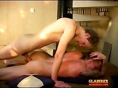 Tipsy tattooed guy gets some raw bareback anal