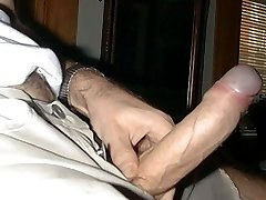 . REAL AMATEUR GAY PORN .