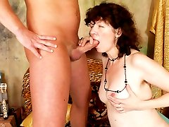 Hairy older lady takes a pussy pounding!