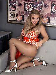 Bubbly Kiwi Beth is having lots of fun in her shiny sheer to waist tan hose which she loves  to tear at the gusset!