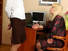 Sissy guy getting under anal brunt by super-naughty strap-on armed babes at work