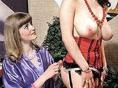 2 retro girls threesome
