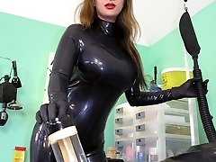 Extreme Rubber Milking