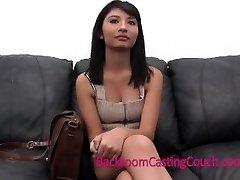 Chica caliente Impactante Confesión en Casting Couch