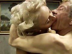 Italien porno classique .Bastardi 1
