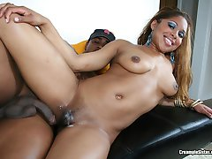 Black hottie gets her squish mitten creamed in hardcore fun