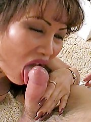 Hot matured Chinese sucking stiff cock