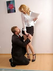 Horny coworker trying to cure soles of raunchy assistant in velvety pantyhose