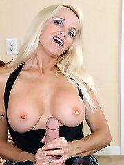 Dani Dare Fapping My Step Daughters BF at Over40handjobs