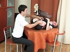 Sultry waitress getting her yummy ass impaled on boner right at the cafe