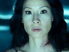Lucy Liu Meztelen
