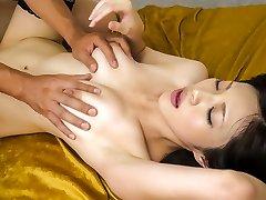 Csodálatos Japán lány Sara Yurikawa a Legforróbb JAV cenzúrázatlan Milf klip