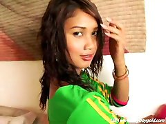 delicious ladyboy in sweet hot mouvement