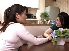 Japāņu nogatavojas sapphic mīlestība