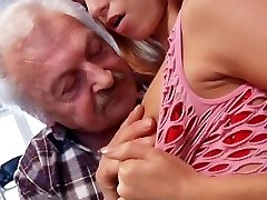 Sex lover grandpa Gustavo fucking youthfull cunt in porn casting