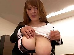 Boss playing with secretary huge love bubbles