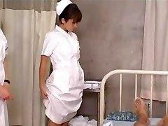 日本の看護学生教育-訓練