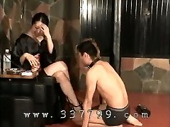 Japanese female dominance K of kimono slapping the face of slave